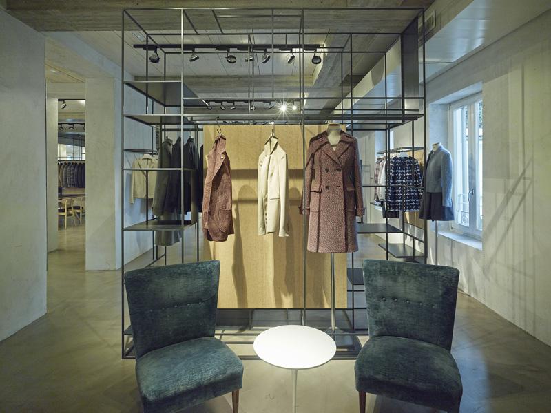 Progettazione interni showroom milano lardini 35a for Negozi design online